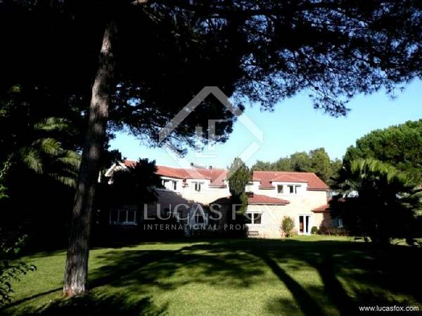 Casa / Vil·la de 859m² en venda a Cascais i Estoril