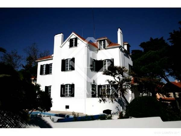 Property with character for sale in Estoril, Portugal