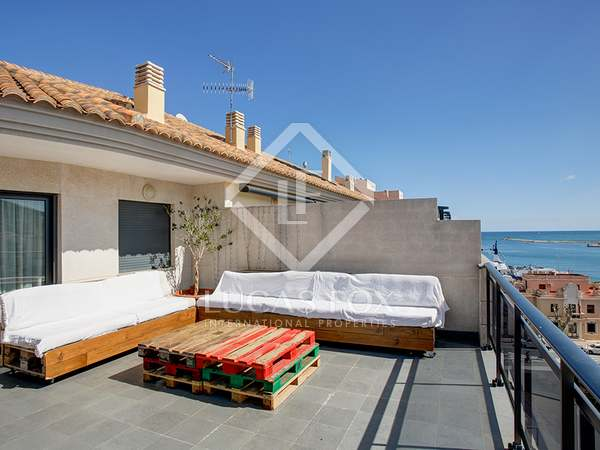 250 m² penthouse with 100 m² terrace for sale in Dénia