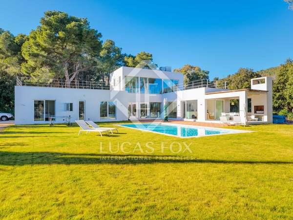 270m² House / Villa for sale in Aiguablava, Costa Brava