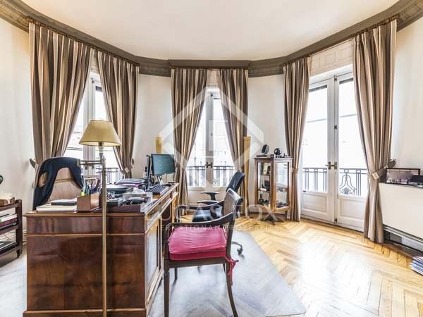 Piso de 240 m² en venta en Justicia, Madrid