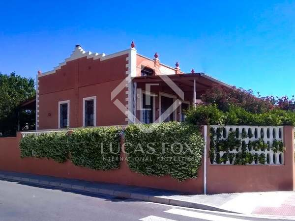 270m² House / Villa for sale in Castellón, Spain