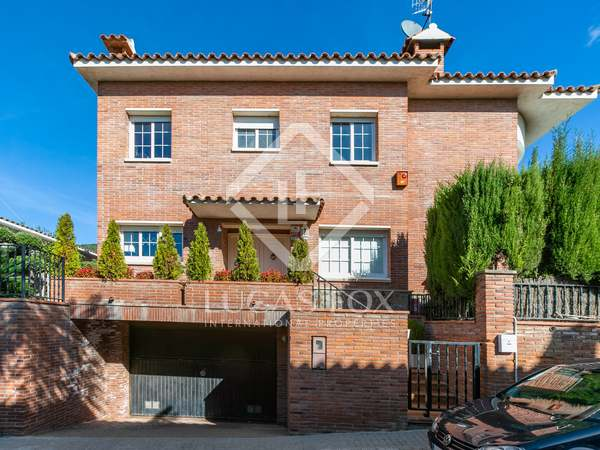263m² House / Villa for sale in Premià de Dalt, Maresme