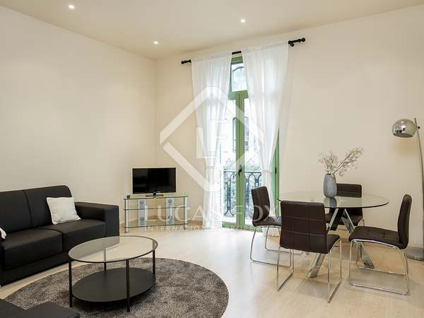 2 bedroom apartment for rent on Calle Girona, Eixample Right