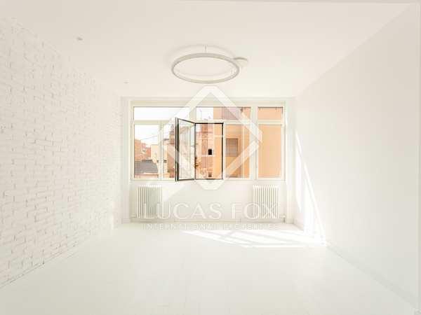 Piso de 85m² con terraza en venta en Sants, Barcelona