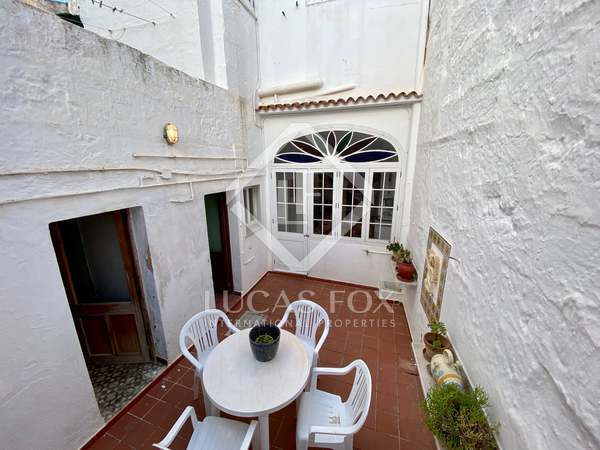 170m² House / Villa with 30m² garden for sale in Ciudadela