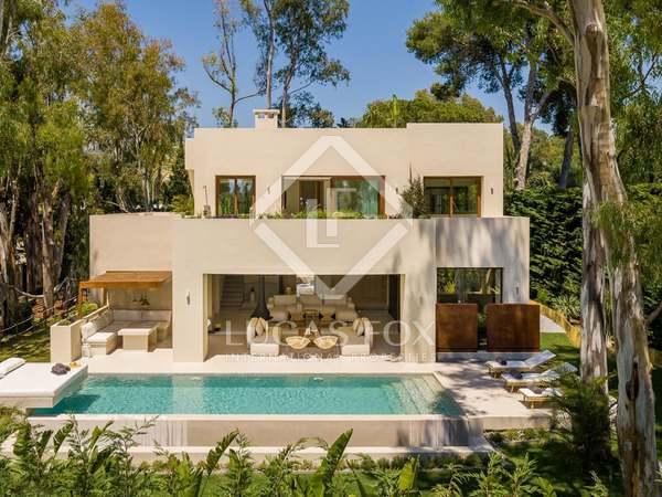 Casa / Vil·la de 320m² en venda a Los Monteros