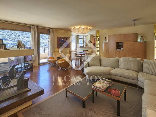 320m² penthouse with 15m² terrace for sale in Andorra la Vella