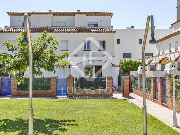 150 m² villa with 30 m² garden for sale in Cubelles