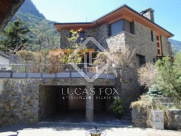 Villa en venta en Sant Julià de Lòria, Andorra