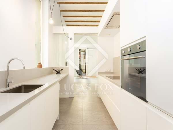 Piso de 95m² en venta en Sants, Barcelona