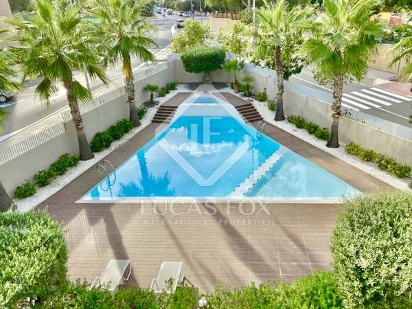194m² Apartment with 42m² terrace for sale in Playa San Juan