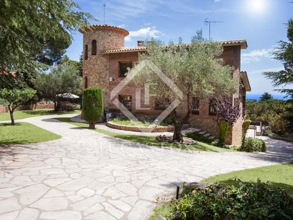 Maison / Villa de 468m² a vendre à Sant Andreu de Llavaneres
