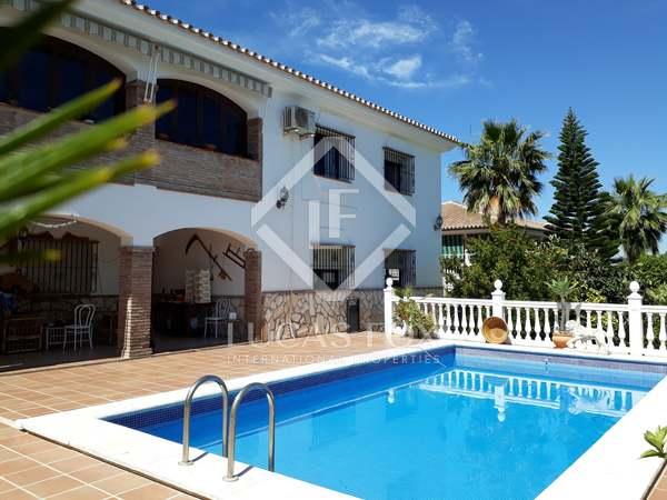 450m² House / Villa for sale in Málaga, Spain