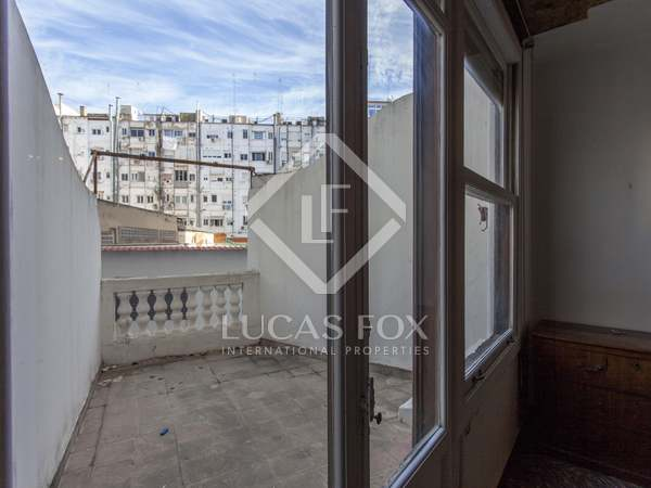 174m² Apartment with 8m² terrace for sale in Gran Vía