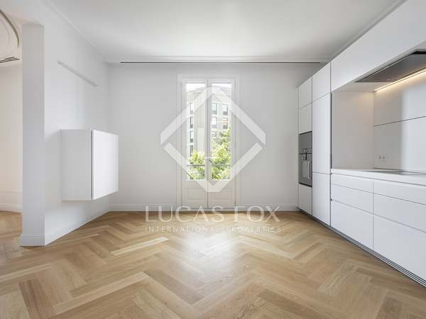 140m² Apartment for rent in Eixample Right, Barcelona