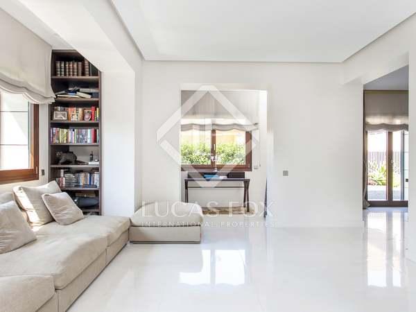 312m² Hus/Villa med 80m² Trädgård till uthyrning i Sant Gervasi - La Bonanova