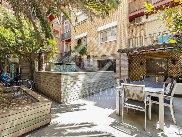 70m² Apartment with 70m² terrace for rent in Gràcia