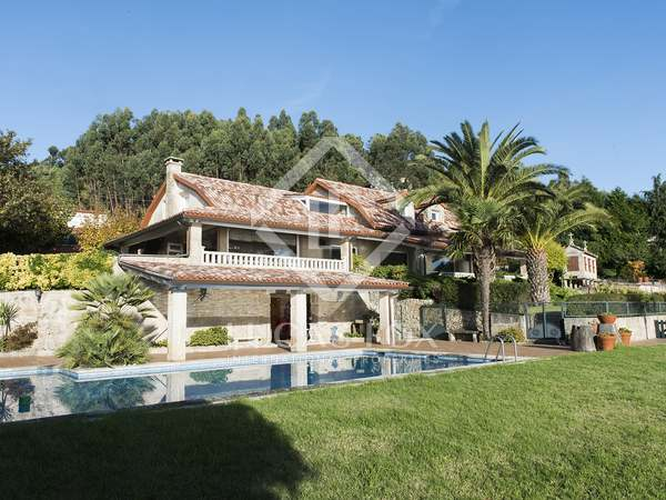 760 m² house for short term rent in Pontevedra