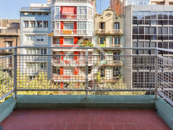 97m² Apartment with 8m² terrace for sale in Eixample Left
