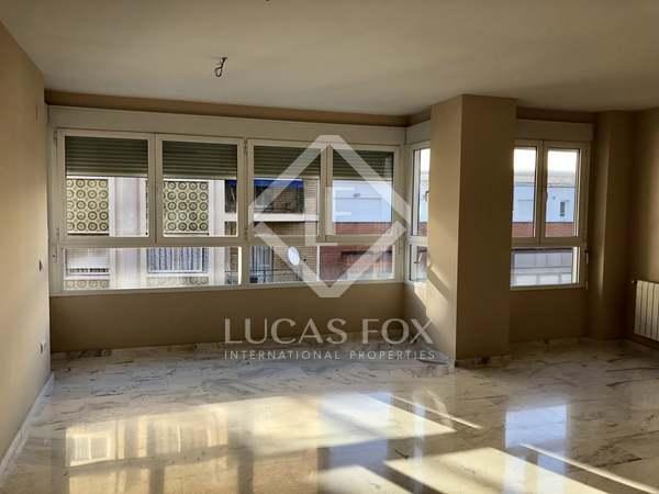 Appartement van 105m² te koop in El Pla del Real, Valencia