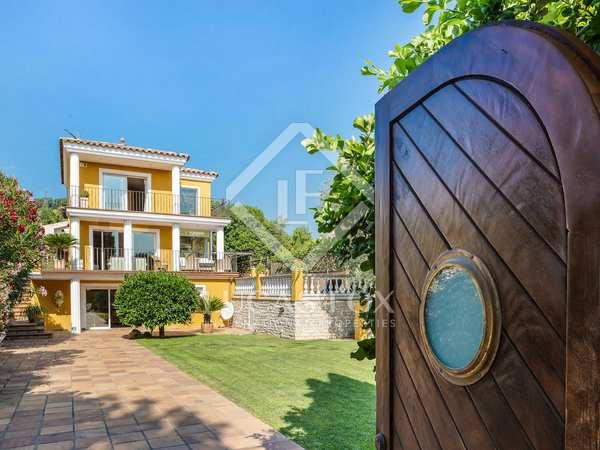 Huis / Villa van 384m² te koop met 33m² terras in Sant Cugat