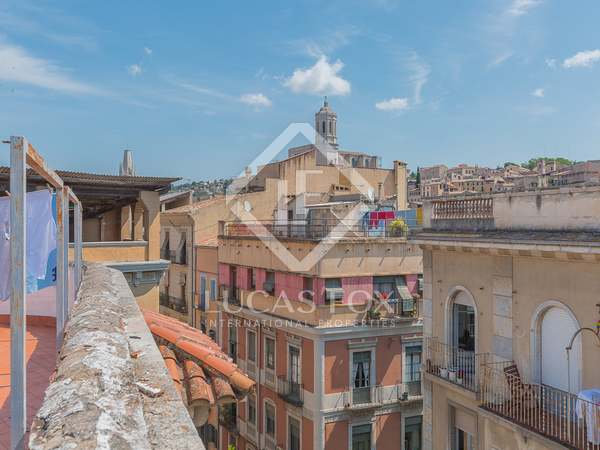 Apartamento de 2 dormitorios en venta en Girona