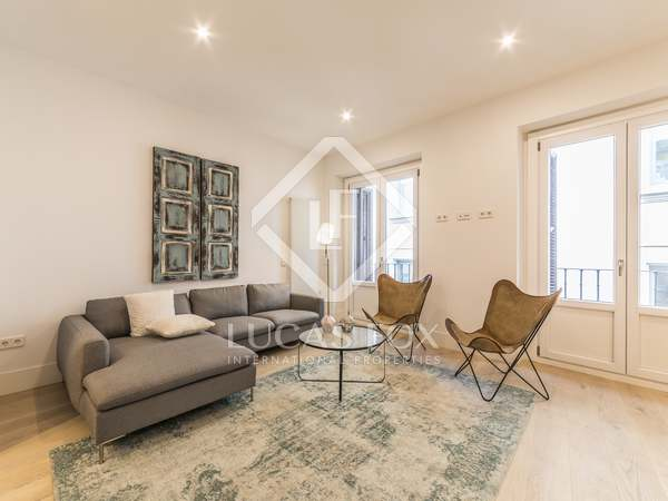 191 m² apartment for rent in Cortes / Huertas, Madrid