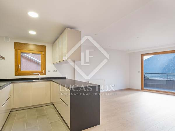 140m² Apartment with 7m² terrace for sale in Escaldes