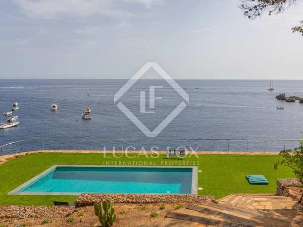 743m² House / Villa for sale in Sa Riera / Sa Tuna
