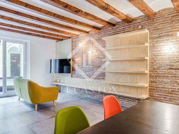 93m² Apartment with 35m² terrace for sale in El Raval