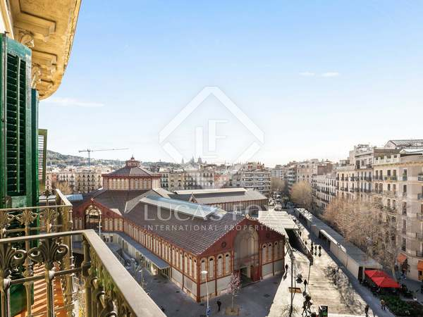 94 m² apartment for sale in Sant Antoni, Barcelona