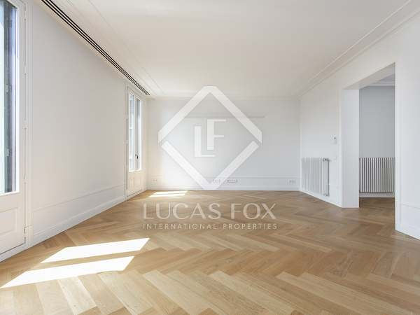 175m² Apartment for rent in Eixample Right, Barcelona