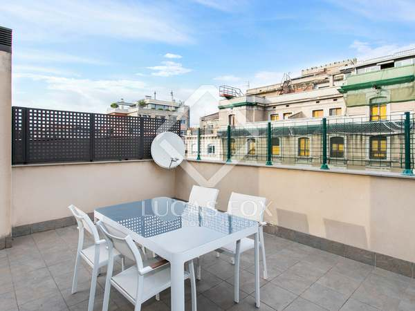 94m² Apartment with 44m² terrace for sale in Eixample Right