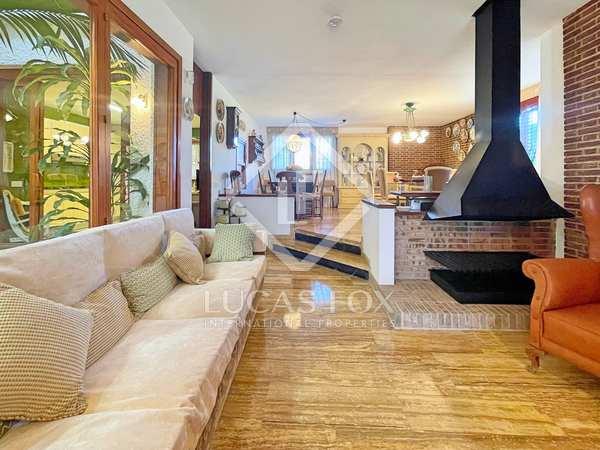 740m² House / Villa for sale in Playa San Juan, Alicante