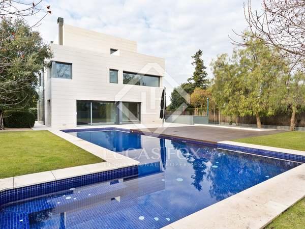 Villa de 512 m² en venta en Sant Cugat, Barcelona