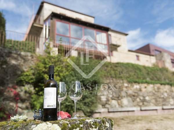 Casa di campagna di 950m² in vendita a Pontevedra, Galicia