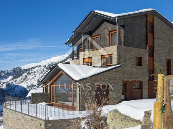 341m² house with garden for sale near Grandvalira