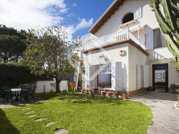 6-bedroom house on the beach to rent in Caldes de Estrac