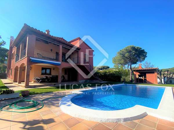 295m² House / Villa for sale in Platja d'Aro, Costa Brava