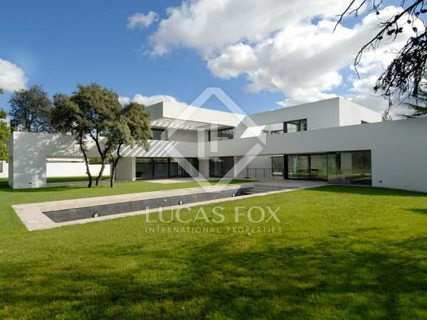 Maison / Villa de 1,014m² a vendre à Aravaca, Madrid