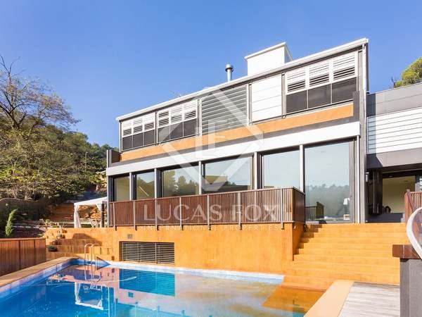 Casa de obra nueva en venta en Collserola, Barcelona.