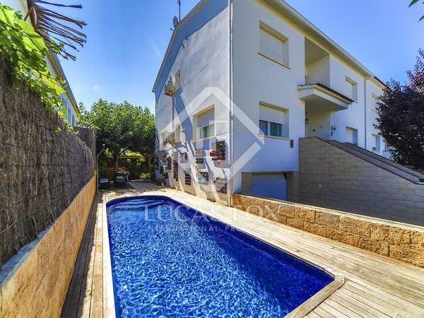 Дом / Вилла 148m², 120m² Сад на продажу в Cubelles