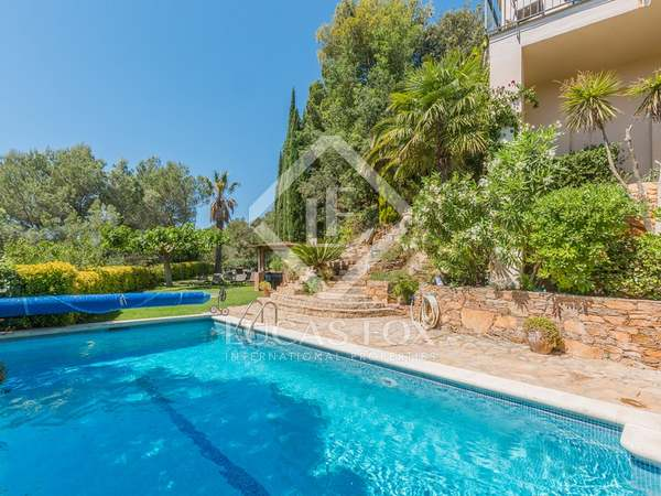 Costa Brava property for sale in Begur with lovely sea views
