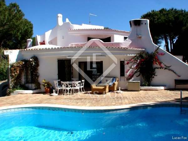 4-bedroom villa for sale in Almancil, Algarve