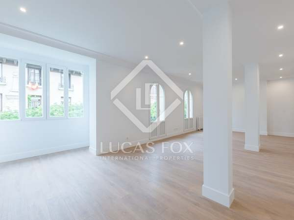 135 m² apartment for sale in Recoletos, Madrid
