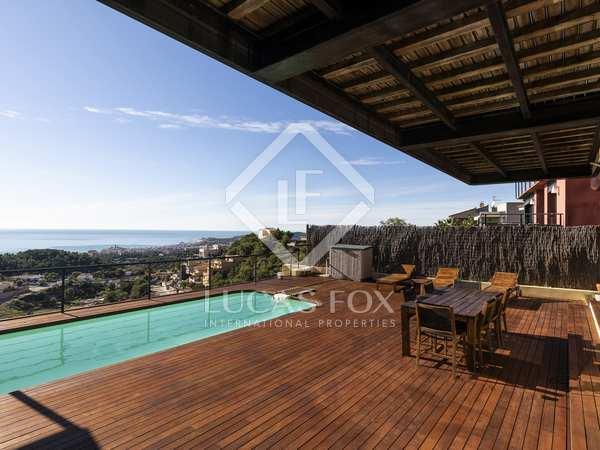 342m² House / Villa for sale in Levantina, Barcelona