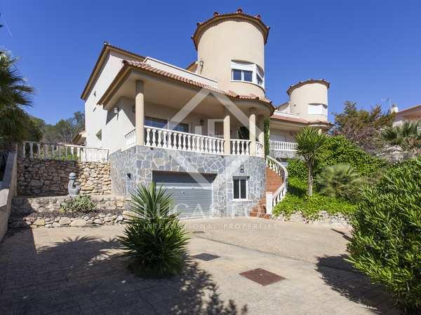 250m² Hus/Villa till salu i Olivella, Sitges