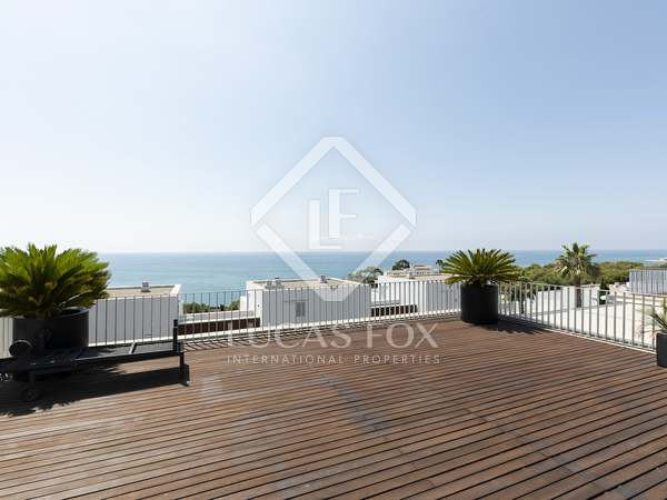 129m² Apartment with 121m² terrace for sale in Els Cards