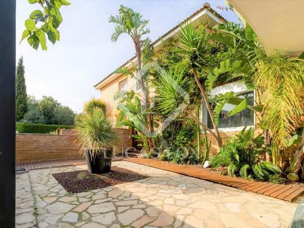 Huis / Villa van 131m² te koop met 152m² Tuin in Tarragona Stad